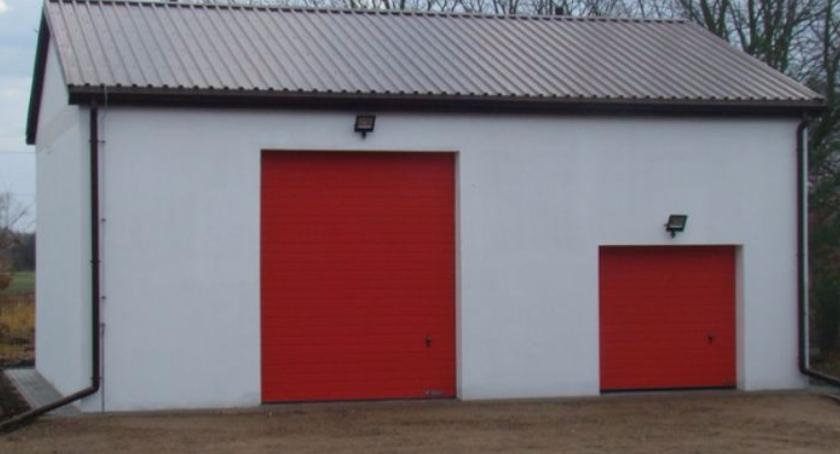 Pożary, Gminny magazyn przeciwpowodziowy Kamionie - zdjęcie, fotografia