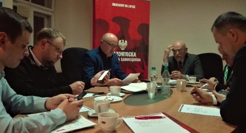 Samorząd, Krytycznie zmianach ustawie zgromadzeniach - zdjęcie, fotografia