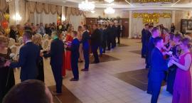 Polonez -Studniówka 2019 w Zespole Szkół w Czerwińsku