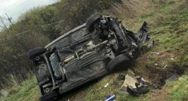 6 XI 2019 DK 50 Wypadek Dachowanie samochodu