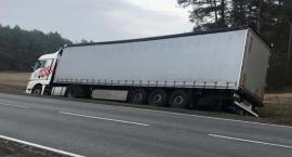 Droga DK 50 zablokowana, okolice Młodzieszynka - 02.12.2019 godz 12