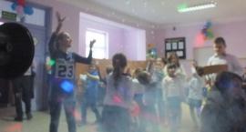 Zabawa Choinkowa w Szkole w Radzikowie