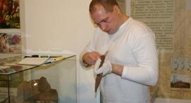 Odnaleziony topór z XVI w Czerwińsku wstępem do rozprawy naukowej.