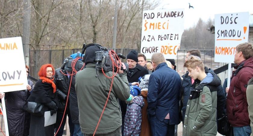 wojt-rada-urzad-wybory-zebrania, PROTEST ŻYWO - zdjęcie, fotografia