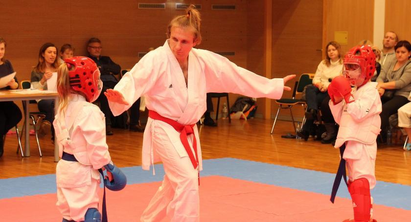 sztuki-walki, MIKOŁAJKOWY TURNIEJ KARATE - zdjęcie, fotografia