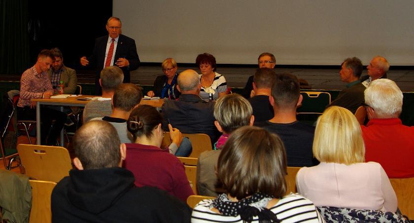 wojt-rada-urzad-wybory-zebrania, TRUSKAW FUNDUSZ - zdjęcie, fotografia