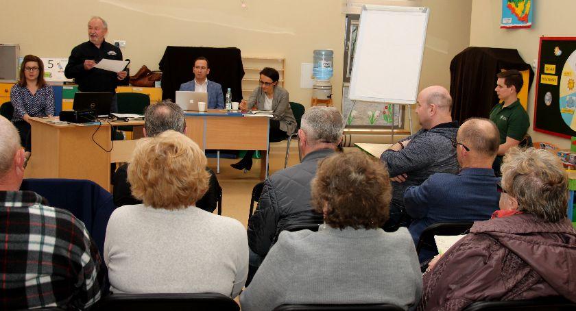 wojt-rada-urzad-wybory-zebrania, ZEBRANIE MIESZKAŃCÓW LASEK - zdjęcie, fotografia