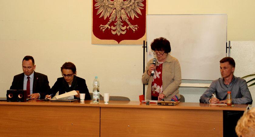 wojt-rada-urzad-wybory-zebrania, ZEBRANIE MIESZKAŃCÓW TRUSKAWIA - zdjęcie, fotografia