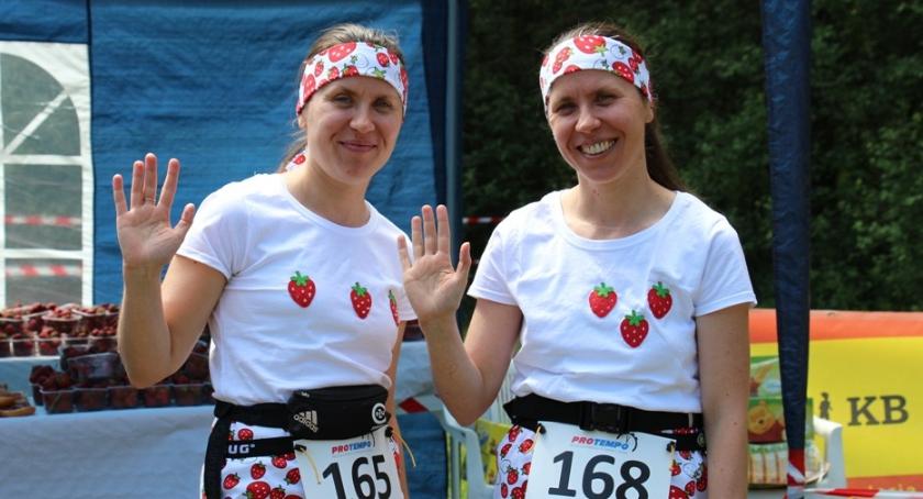 bieganie, POBIEGLI BIEGU TRUSKAWKI - zdjęcie, fotografia