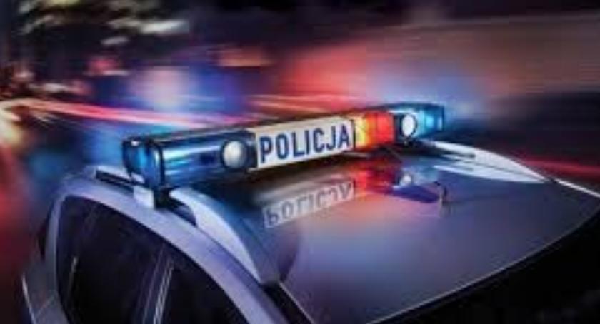 Kronika kryminalna, Policyjny pościg zakończony zatrzymaniem - zdjęcie, fotografia