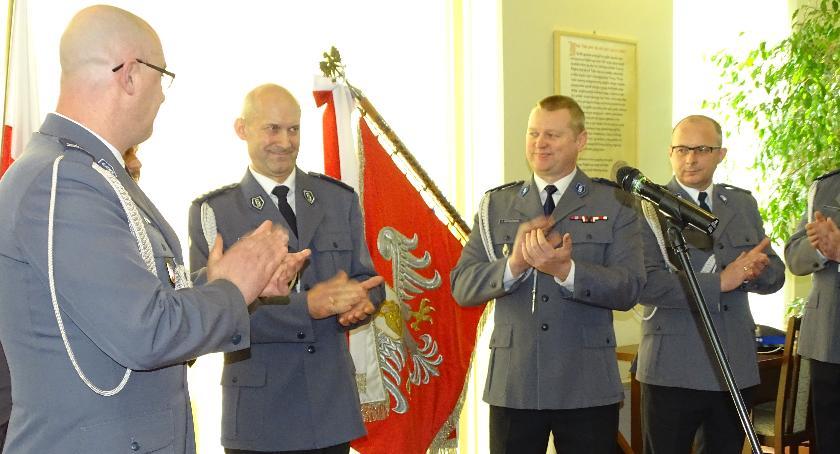Społeczność, Uroczyste pożegnanie Zastępcy Komendanta Powiatowego Policji Zwoleniu - zdjęcie, fotografia