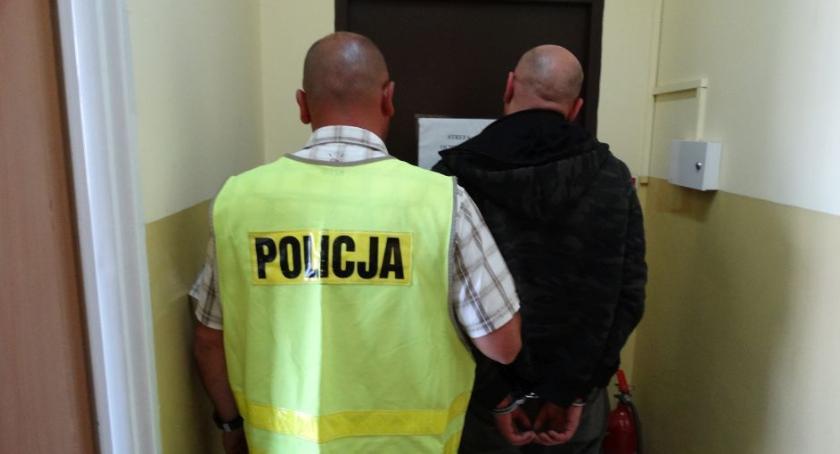 Kronika kryminalna, PIĄTE KRADNIJ - zdjęcie, fotografia