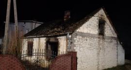 Pożar budynku mieszkalnego w miejscowości Krzywda gmina Przyłęk