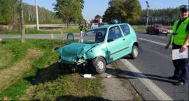 Zderzenie 2 samochodów osobowych na drodze krajowej nr 12 w miejscowości Ługi gm. Zwoleń.