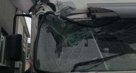 Podróż uszkodzoną ciężarówką przez Europę