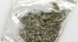 Narkotyki ujawnione przy przeszukaniu i odzyskany silnik