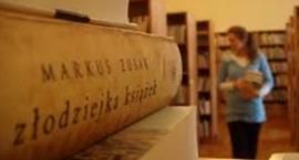 Spotkanie DKK i rozmowy o książce Markusa Zusaka ,, Złodziejka książek ''