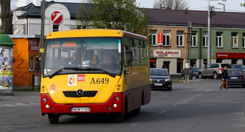 Kultura, Świąteczny noworoczny rozkład jazdy autobusów Żyrardowie - zdjęcie, fotografia