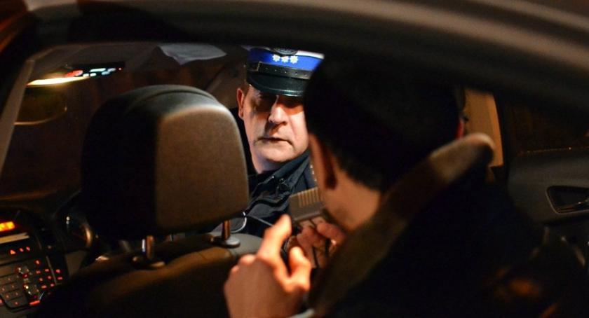 Widomości, Żyrardów miał ponad narkotyków - zdjęcie, fotografia