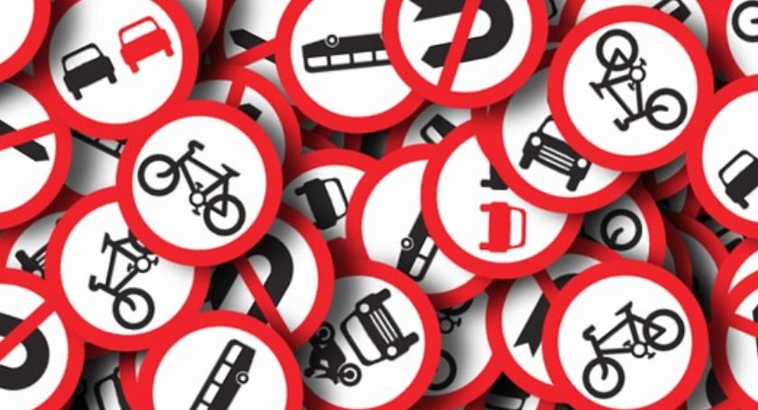 Na sygnale, Rozpoczęły kontrole znaków drogowych szkołach przedszkolach - zdjęcie, fotografia