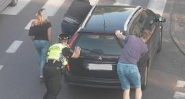 Stłuczka przy skrzyżowaniu ulicy Bolesława Limanowskiego z ulicą 1 Maja