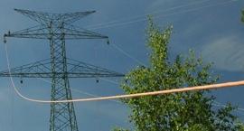 Decyzja w sprawie przebiegu linii 400 kV. Słupy na przedmieściach Żyrardowa