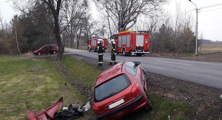 Pożary i wypadki, Zdarzenie drogowe Bolimowskiej - zdjęcie, fotografia