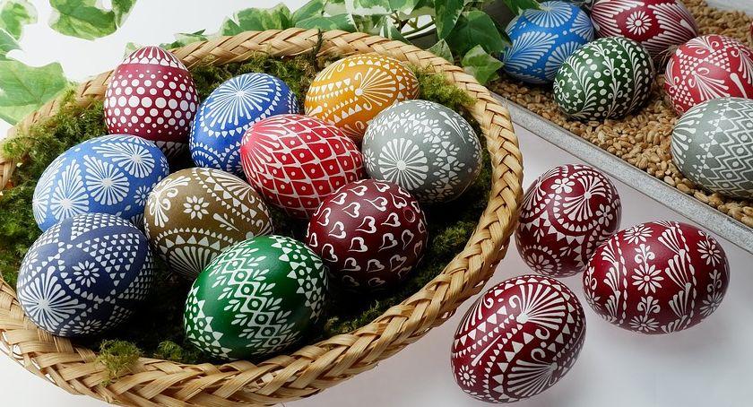 Kościoły , Zdrowych radosnych Świąt Wielkanocnych - zdjęcie, fotografia