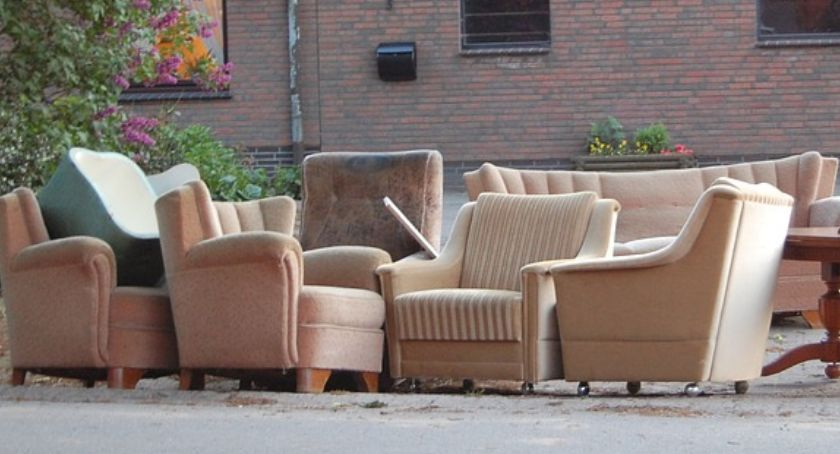 Inwestycje, Terminarz zbiórki odpadów wielkogabarytowych - zdjęcie, fotografia