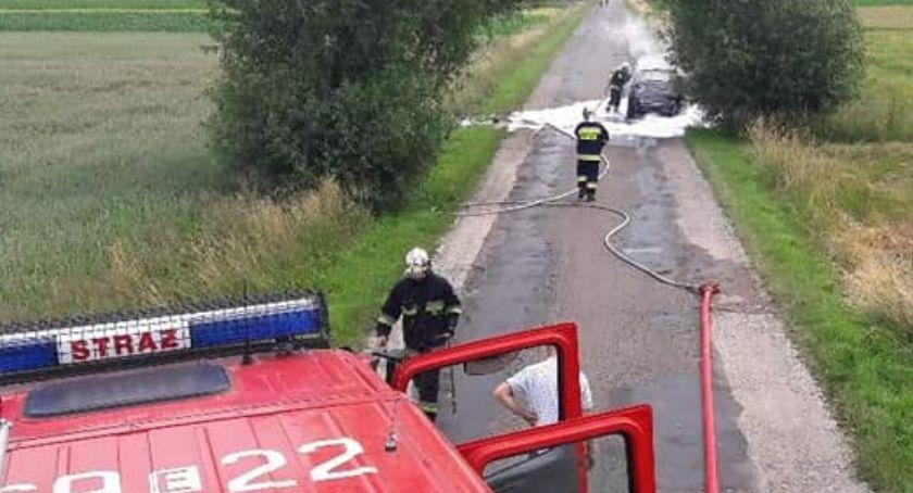 Pożary i wypadki, Pożar miejscowości Kolonia Szydłowiecka - zdjęcie, fotografia