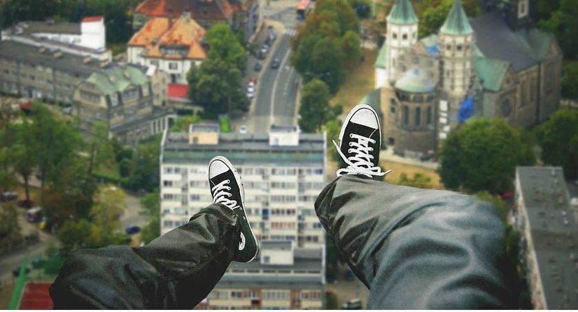 Kronika Kryminalna, Policjanci Skierniewic uratowali życie niedoszłego samobójcy - zdjęcie, fotografia