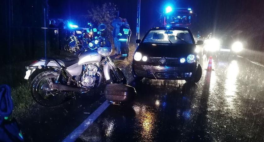 Pożary i wypadki, Zderzenie motocyklisty krową - zdjęcie, fotografia