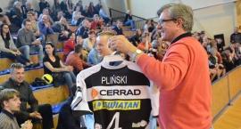 Zygmunt Chajzer prowadził i charytatywny turniej w piłce siatkowej