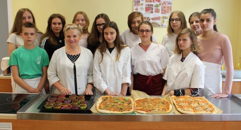 Edukacja, Kolejne warsztaty kulinarne szkole Powstańców - zdjęcie, fotografia