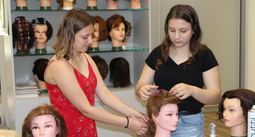 Edukacja, Warsztaty fryzjersko gastronomiczne - zdjęcie, fotografia