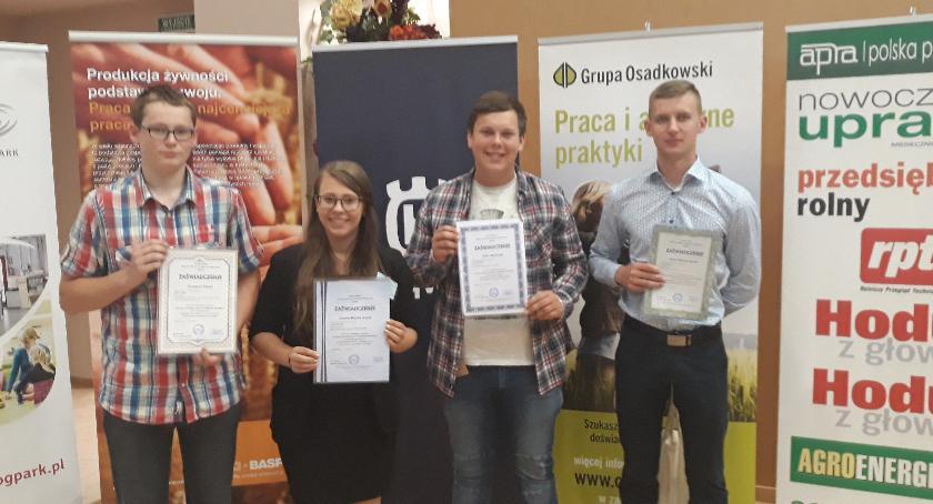 Edukacja, Cztery sukcesy uczniów Blichu etapie centralnym Olimpiady Wiedzy Umiejętności Rolniczych - zdjęcie, fotografia