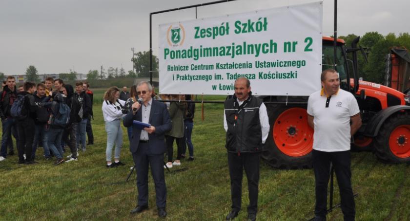 Edukacja, Majówka Kubotą Blichu - zdjęcie, fotografia