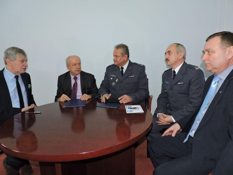Stowarzyszenia, Porozumienie pomiędzy Skierniewicach - zdjęcie, fotografia