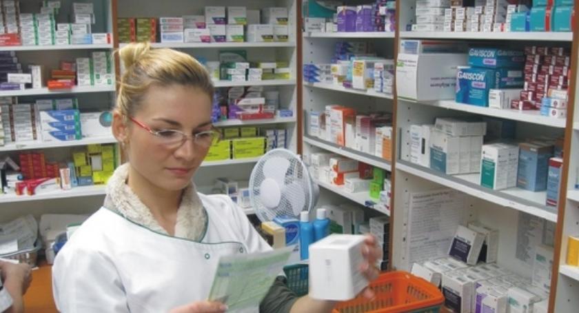 Edukacja, Wznowienie kształcenia techników farmaceutycznych - zdjęcie, fotografia
