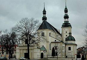 Kościół, Rozpoczynają rekolekcje - zdjęcie, fotografia