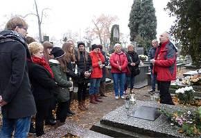 Łowicz24.eu, ośmy oprowadzą łowickich nekropoliach - zdjęcie, fotografia