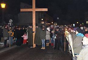 Kościół, Łowiczanie poniosą krzyż ulicami miasta - zdjęcie, fotografia