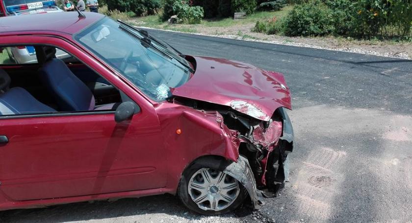 Wypadki i kolizje, Seicento uderzyło słup telefoniczny - zdjęcie, fotografia