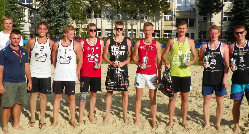 Siatkówka, pierwszy turniej plażówce - zdjęcie, fotografia