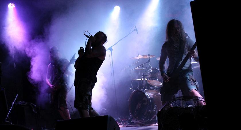 Koncerty, Metalowe granie Łowiczu - zdjęcie, fotografia