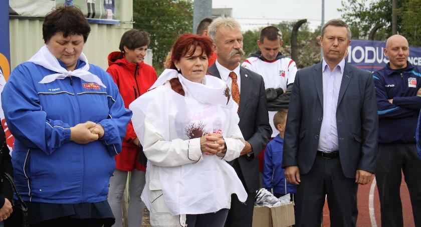 """Urząd Miejski, Obchody rocznicy powstania """"Solidarność"""" Łowiczu - zdjęcie, fotografia"""