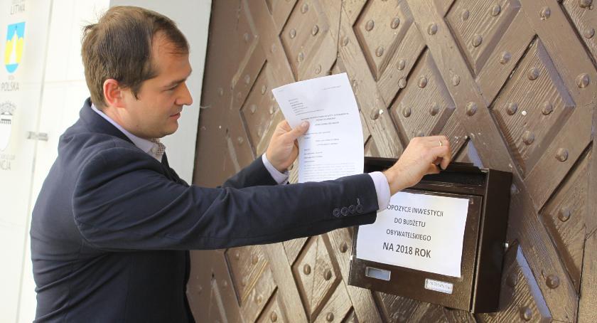 Urząd Miejski, Tężnia solankowa Łowiczu propozycja budżetu obywatelskiego - zdjęcie, fotografia