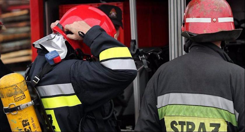 Interwencje straży pożarnej, Pożar piwnicy Domaniewicach - zdjęcie, fotografia