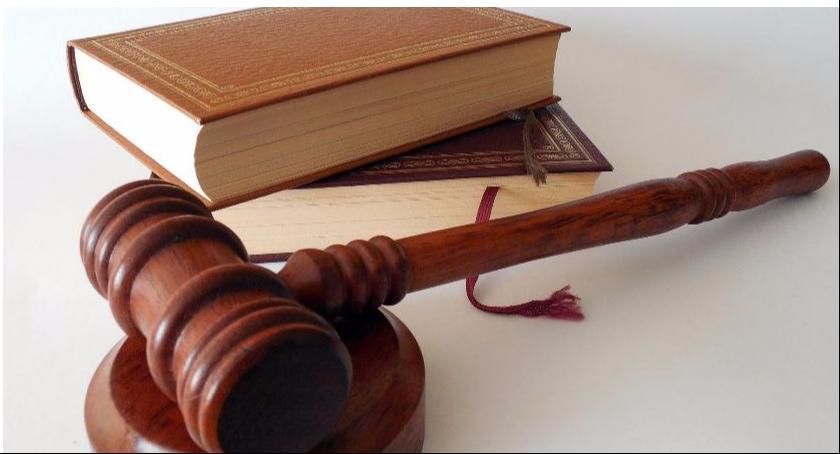 Porady prawne, Odwołanie darowizny przypadku rażącej niewdzięczności obdarowanego - zdjęcie, fotografia