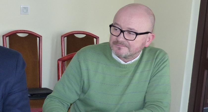 Starostwo Powiatowe, Maciej Wójcik odpiera zarzuty władz powiatu - zdjęcie, fotografia